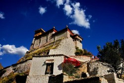 Tsetang Yumbulagang Palace